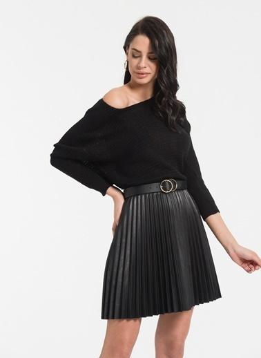 Styletag Ajurlu Kazak Siyah